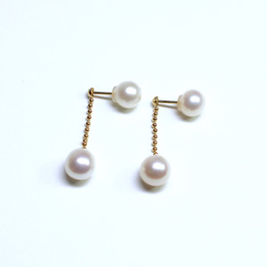 Shake pearl pierce / K18