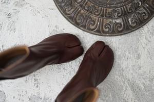 Maison Margiela  /  tabi vintage leather boots (brown)