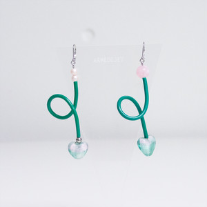 くねくねポップ Pierces / Earrings -botanical pink-
