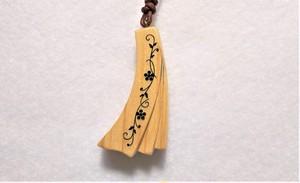 木のアクセサリー 青森ひばのネックレス リボン
