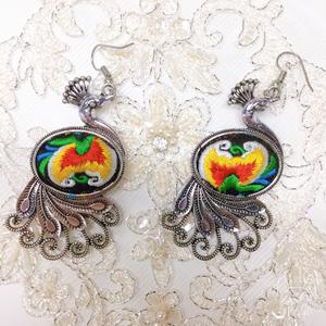 【一点物】刺繍&シルバーのゴージャスピアスE