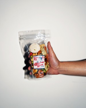 MUNCHIE FOODS - SMOKED MIX NUTS / OTSUMAMI BLEND