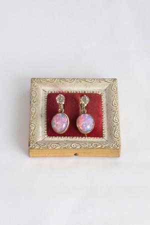 【Run Rabbit Run Vintage】Opal glass gold filled earring
