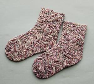 【presse】Bergen Socks 白樺かぎ針くつ下