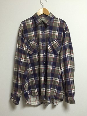 90's printed flannel shirt