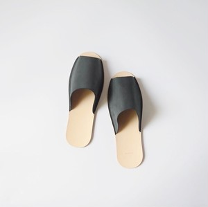 スリッパ Slippers (horse split / black)