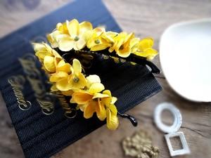 【受注生産】金木犀のようなバナナクリップ■イエローカーキ