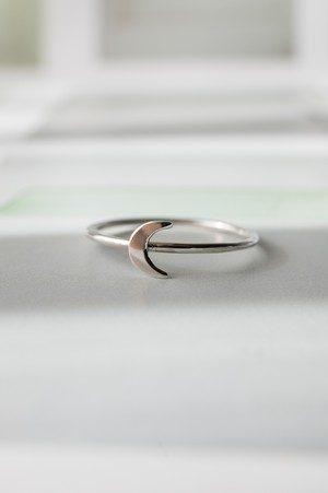 Tiny Moon Ring Silver - 011