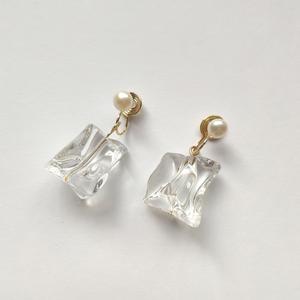 ice cube pearl earring/pierce p151