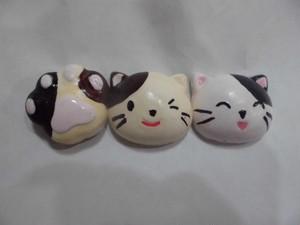 紙粘土で猫マグネット