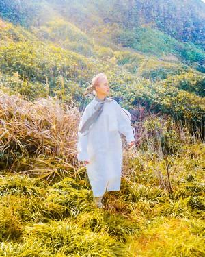 【予約アイテム】NATSUMI ZAMA Prince Shotoku Dress Beige/White