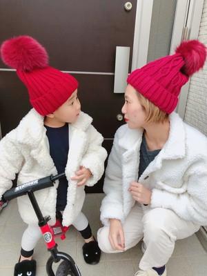2900円+税 3色 親子おそろい ファー付きニット帽(ママ)