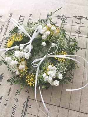 野花のリングピロー【ナチュラルウエディング】