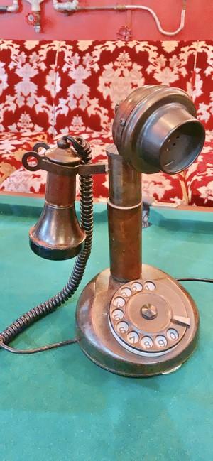 イタリア製アンティーク電話機