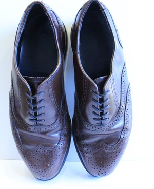 Leather wing chip shoes