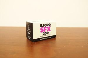 【 35mm モノクロネガ 】ILFORD( イルフォード ) SFX200 36枚撮り
