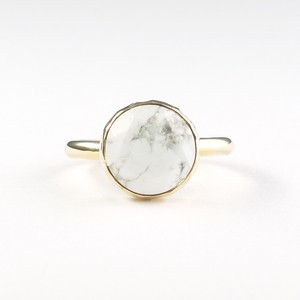 Marbles howlite ring