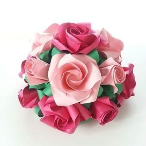 折り紙のバラ半円ブーケ