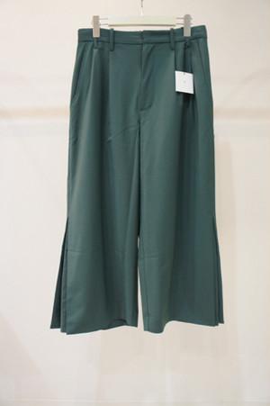 box slit pants -GREEN- / VUy