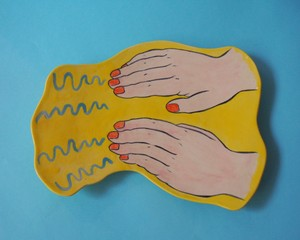 """Imustan 《両手波動》 Plate/Wall Decoration  """"Wave Motion from Both Hands """" by Imustan"""