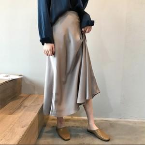 大人の光沢スカート