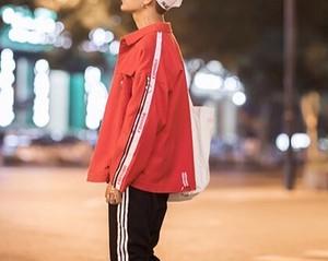 [売り切れ間近]ユニセックスデザインジャケット 2カラー