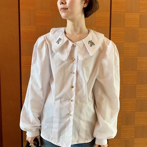 80's vintage white cotton puff sleeve blouse with big embroidered ruffled collar