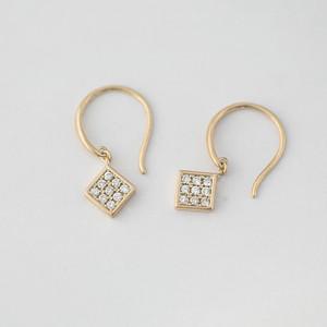 K10イエローゴールド ダイヤモンド ピアス