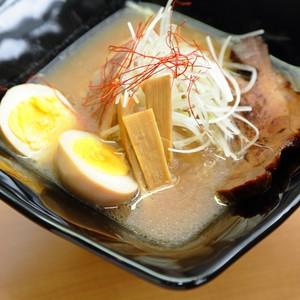《醤油/限定品》猪骨ラーメン【醤油】2食入り
