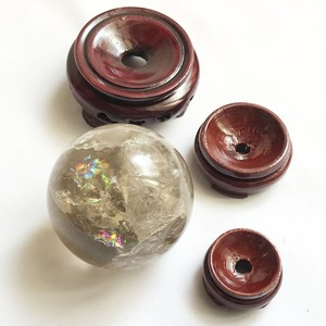 ブラウンイエロークォーツ(レインボー入り) 丸玉70mm