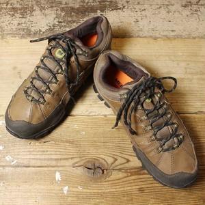 メレル MERREL アウトドア トレッキングシューズ 26.5cm ハイキング ローカット キャンプ ブラウン 古着 021021aw85