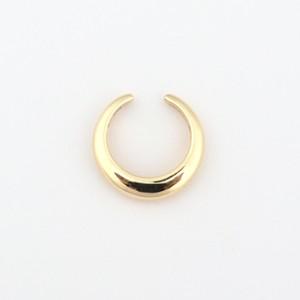 Moon earcuff