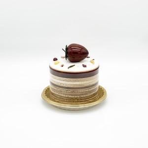 ケーキオルゴール「新雪に遊ぶイチゴ」