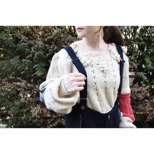 nisai 白葡萄とつぎはぎのニットセーター