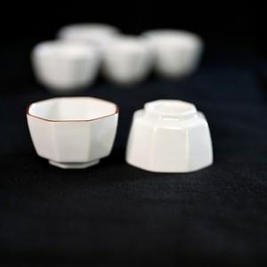 【31007】九谷の白 豆ちょく 角八角 (1個) 昭和 / Kutani White Small Cup / Showa Era