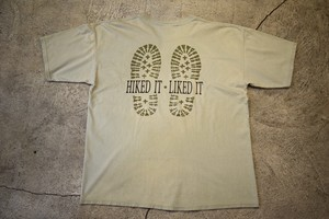 USED HIKED IT LIKED IT  T-shirt 90s  XL made in USA T0163
