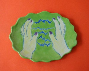 """Imustan 《両手・エネルギー》 Plate/Wall Decoration  """"Energy from Both Hands"""" by Imustan"""