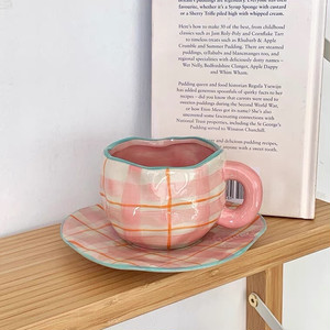 pink check cup saucer set / ピンク チェック ティーカップ ソーサー セット マグ コップ 韓国 北欧 雑貨