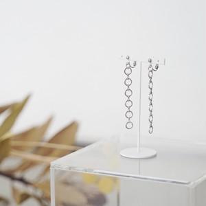 - circle chain.