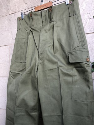 Deadstock 1960s Belgium military trousers W36 L32.5