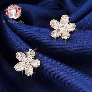 Holy flower(pierce)