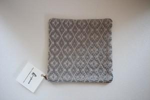 新美典子(perico畑)|ポットマット 綿糸×絹糸(グレー)