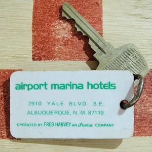 アメリカ Airport Marina Hotel[エアポートマリーナホテル]ニューメキシコ ヴィンテージ ルームキーホルダー