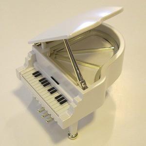18弁 ミニピアノオルゴール ホワイト【0401105400052】