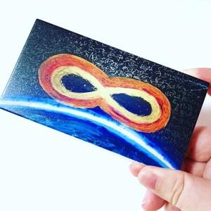 Infinity x Infinity モバイルバッテリー