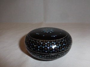 漆螺鈿香合 Urushi lacquer incense box(mother-of-pearl work)(No2)