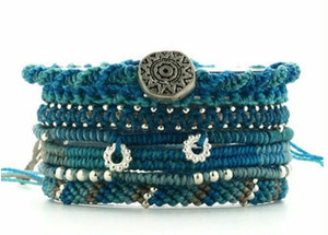 Wakami 7 strand bracelet Turquois