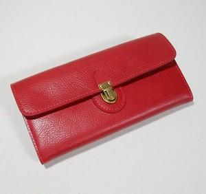 差し込み金具の長財布
