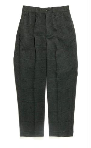 2 Tuck slacks 【BLACK】