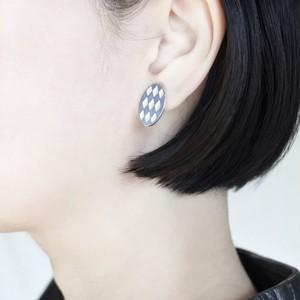 Silver Earrings / Rhombus / Orval B / White